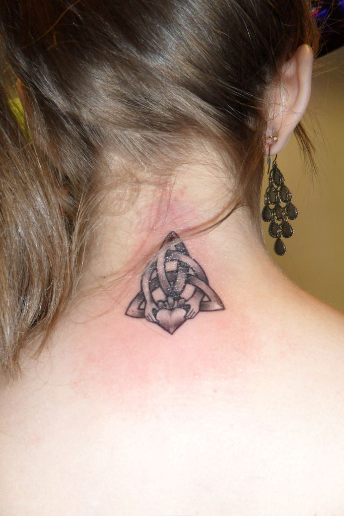 70f76c2eb Celtic Knot With Claddagh Tattoo | Tattoos | Claddagh tattoo, Knot tattoo, Celtic  knot tattoo