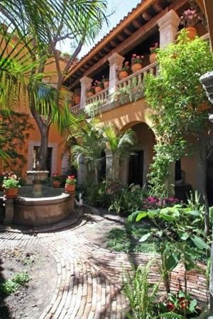My home will have a mexican courtyard, fountain and balconies included! by ofelia