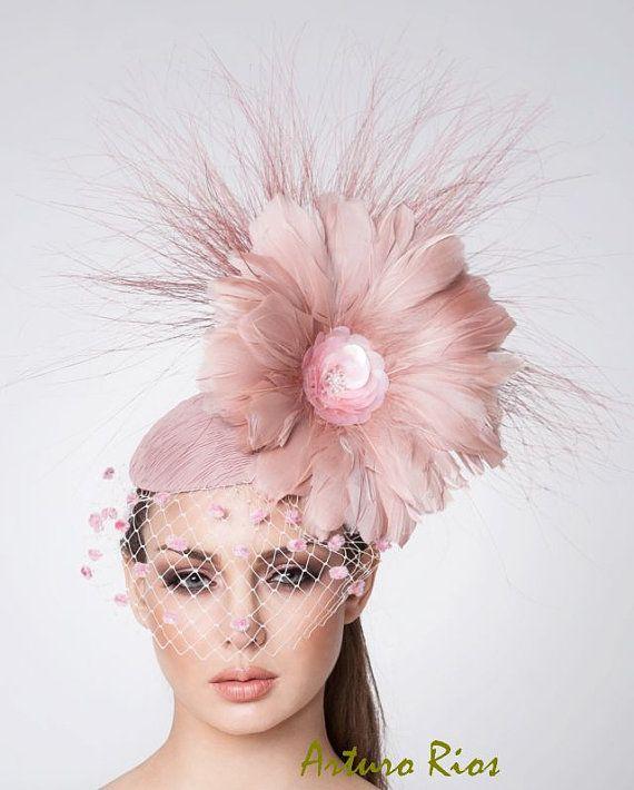 Melbourne Cup Blush pink Fascinator Cocktail hat by ArturoRios