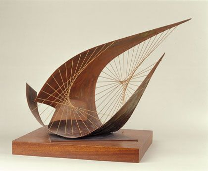 Barbara Hepworth Figurative Sculptures | Stringed Figure (Curlew) (Version I) , Brass with strings, 1956 (BH ...
