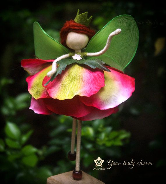 Rose Queen Doll, Green Fairy Miniature, No face doll, Rose Petal Doll, Rose Angel Ornament