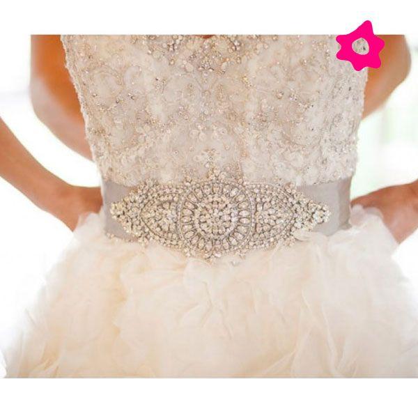Cinto de pedrarias para o vestido de noiva