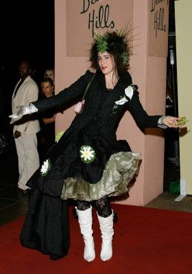 The 20 Most Confusing, Awful, And Hilarious Grammys Fashion Disasters