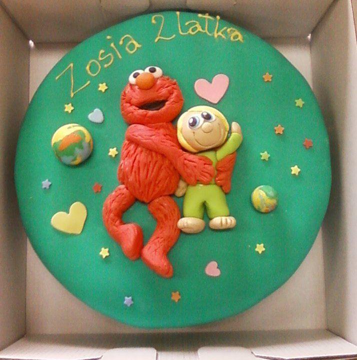 Okrągły tort z postacią Elmo