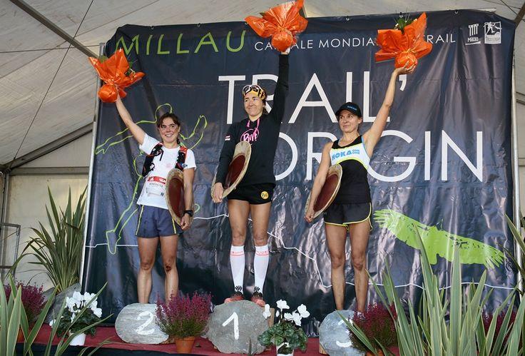 Le podium féminin du Grand Trail des Templiers 2014 avec Nuria Picas (Espagne), Juliette Benedicto (France) et Magdalena Boulet (USA) - Millau - France