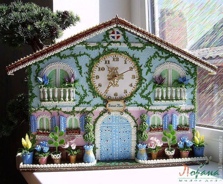 """Купить Настенные часы """"Счастливое время"""" - часы, подарок, настенные часы, часы-домик"""