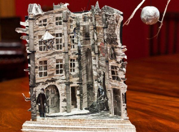 I love this story... the anonymous sculptor of Edinburgh. Beautiful paper miniatures left around the city...