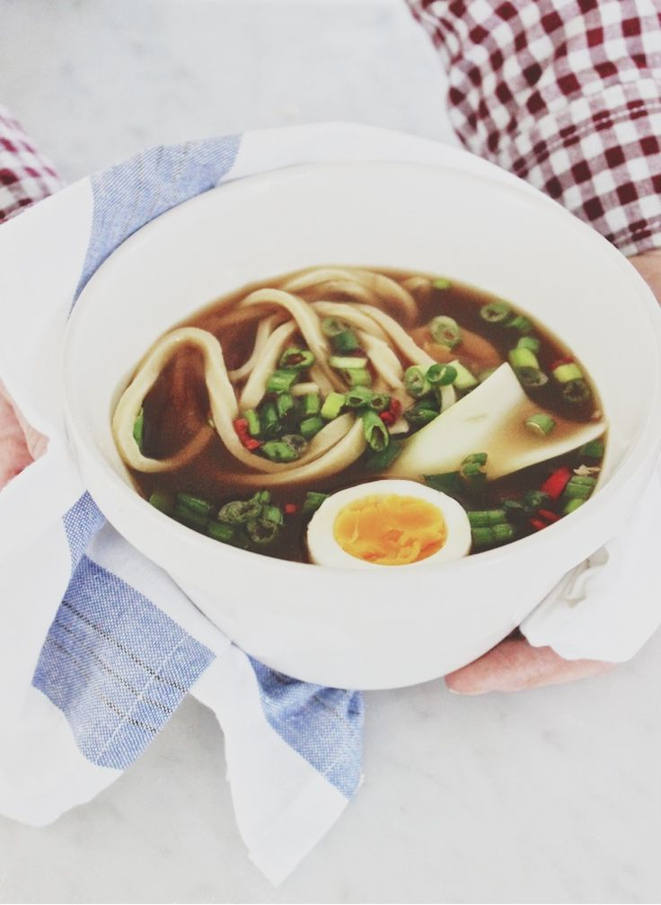 Farmer's Ramen #healthy #recipes #ramen http://greatist.com/eat/healthier-ramen-recipes