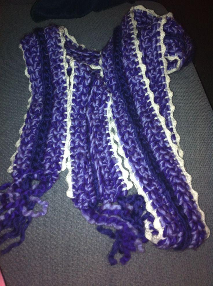 Lange paarse sjaal