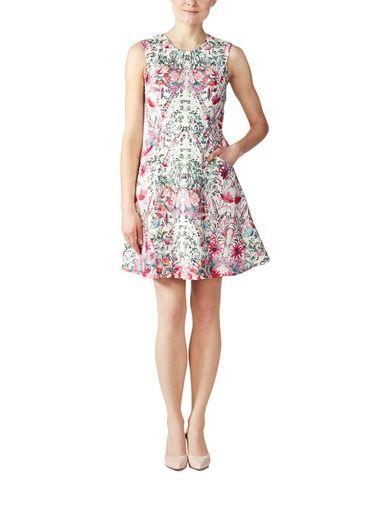 Tyylikkäät ja naiselliset Ted Baker -vaatteet löydät stockmann.com-verkkokaupasta. Tutustu ihastuttavan keveään Gaea-mekkoon!