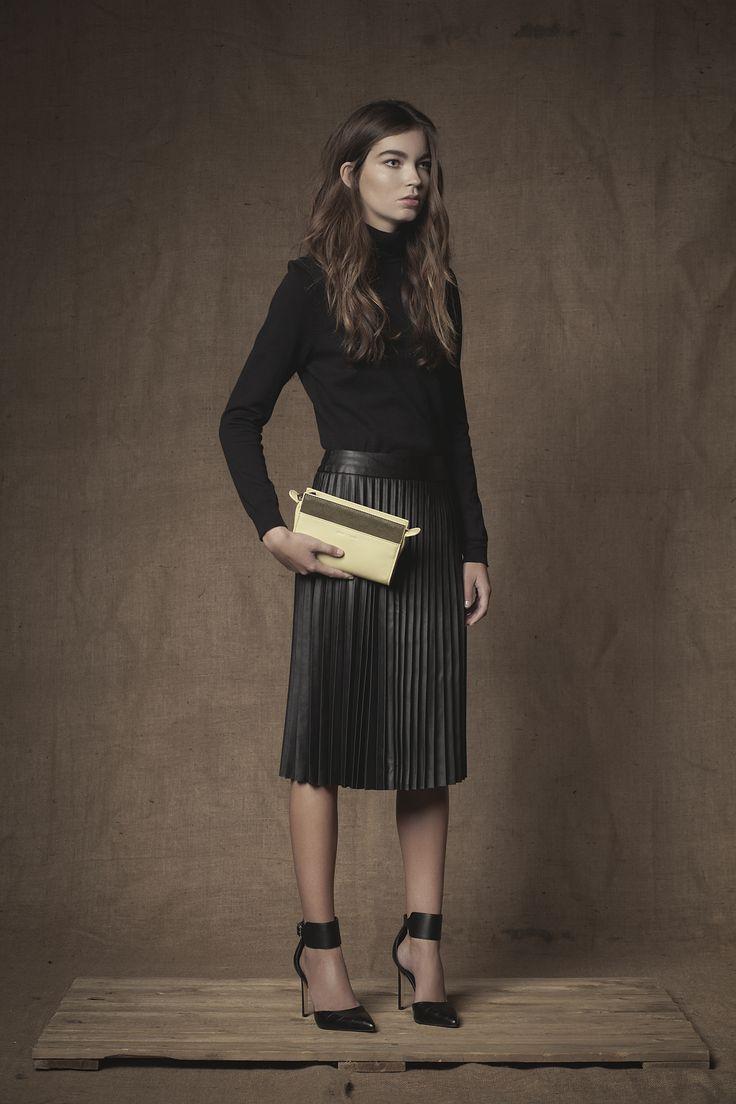 Portfolio Mini Clutch #Clutch #Mini #Handbag #FW15  #Pear #Leather