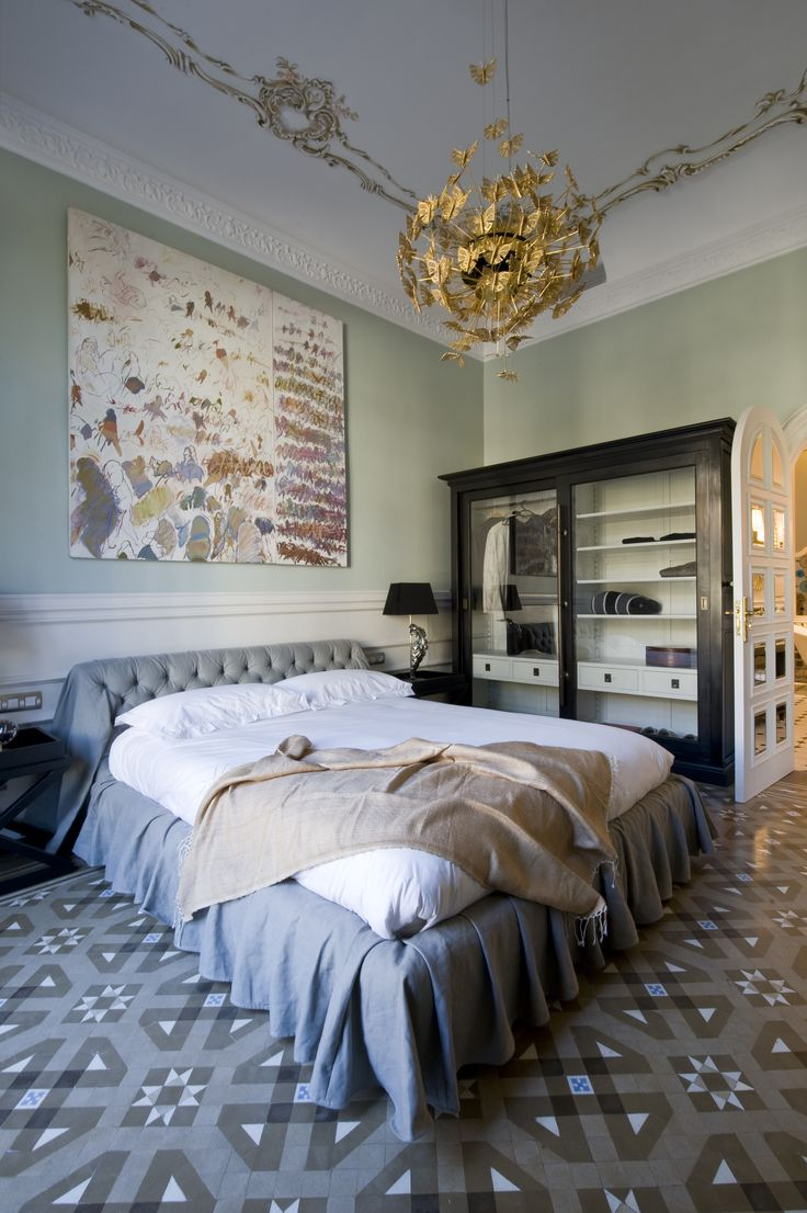 A fairy tale master bedroom with color has part of his personality | Discover more: http://masterbedroomideas.eu