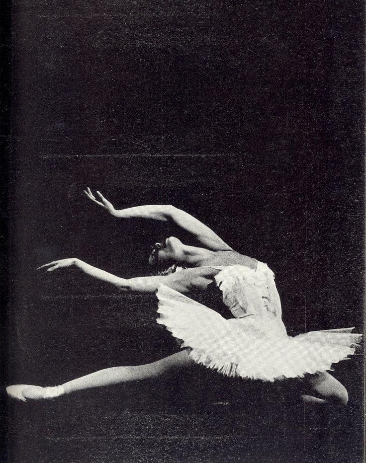 Maya Plisetskaya as White Swan | Back in Time | Pinterest ...