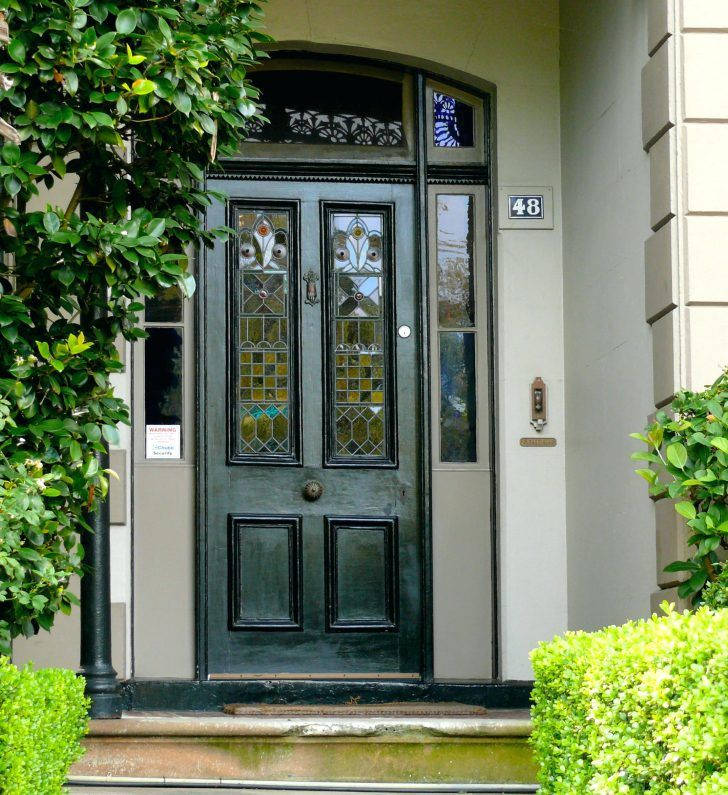 Guide To Choosing The Right Exterior House Paint Colors: Best 25+ Black Exterior Doors Ideas On Pinterest