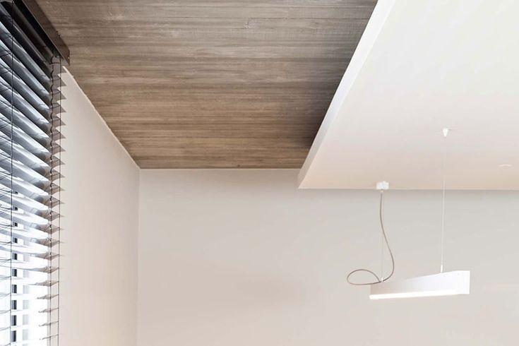 In 2017 zijn spanplafonds weer opkomend. Is het plafond van uw woning nog steeds een wit canvas? Een spanplafond geeft een moderne look aan uw interieur en biedt alle vrijheid om een nieuw verlichtingsplan te ontwerpen