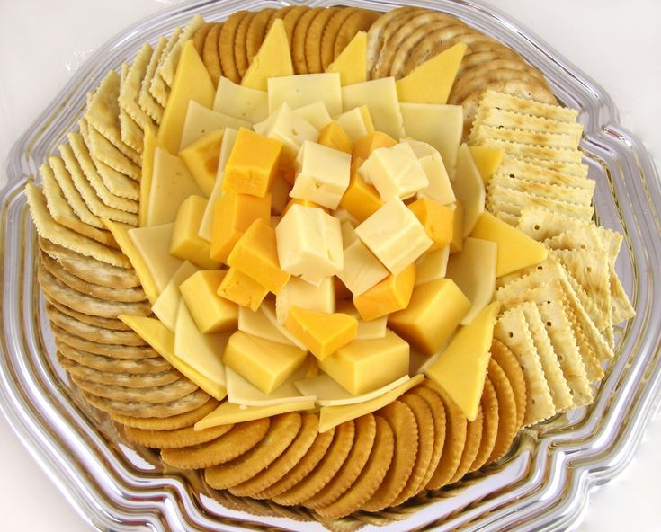 Cheese and Crackers -- 8 Healthy Snacks for People with Diabetes http://www.reinventingaging.org/general-health/8-yummy-snacks-that-are-great-for-diabetics/