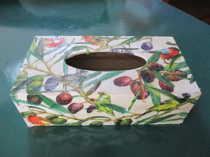 My first attempt with decoupage. A decorative box for the paper tissues