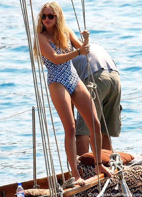 amanda seyfried bikini photos - Yahoo Image Search Results