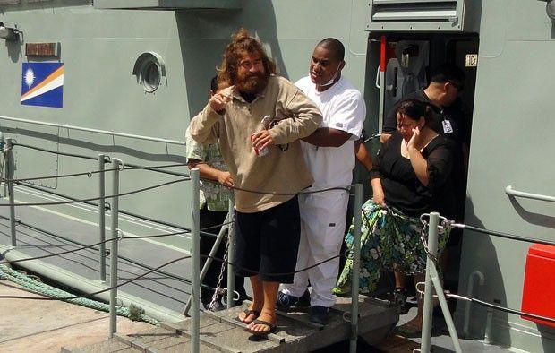Náufrago mexicano chega à capital das Ilhas Marshall para exames José Iván disse ter ficado 13 meses à deriva no Oceano Pacífico. Em Majuro,...