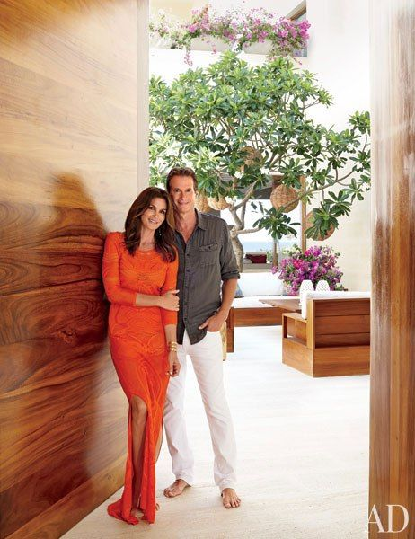 Cindy Crawford/Rande Gerber and neighbor, George Clooney: Side-By-Side Mexican Villas
