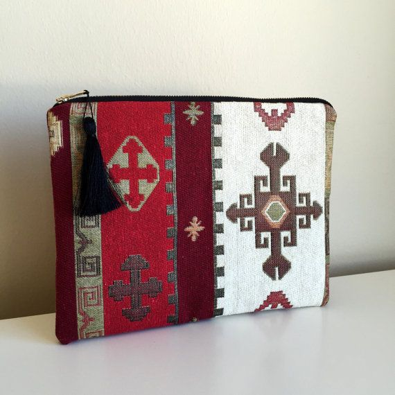 Carpet Clutch Bag,Ethnic Clutch,Kilim Clutch Bag, Boho Clutch,Red Clutch Purse,Boho Clutch,Vegan Clutch, Zippered Clutch,zippered ipad case