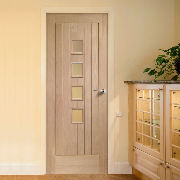 Contemporary Suffolk Oak 4 Pane Door with Obscure Safety Glass - Lifestyle Image.    #oakdoor