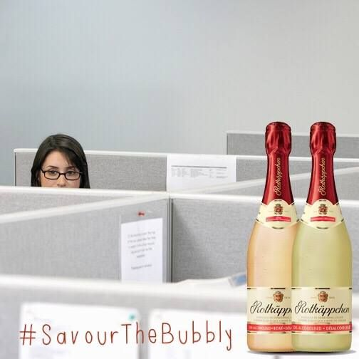 It's 5:00, trade the cubicle for a glass of bubbly! #SavourTheBubbly #SparklingWine #TheRealBubbly