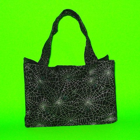 Silver Spiderweb Purse - Mookie Designs