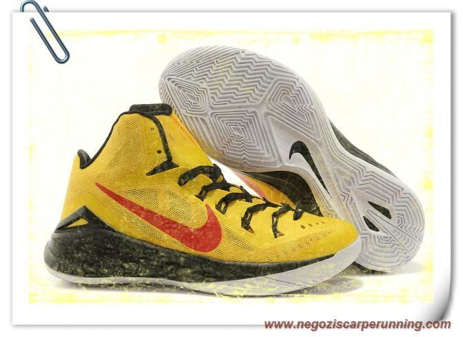 scarpe calcio bambino Giallo / Nero / Rosso Nike Hyperdunk 2014 XDR 653641-021 Uomo
