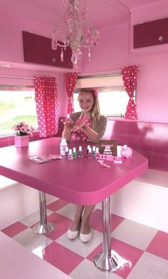 IN LOVE Dream to have mini Fashion Boutique on wheels! www.MomCopWife.com