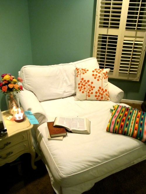 17 best ideas about bedroom reading chair on pinterest bedroom chair corner chair and reading - Reading chair for bedroom ...