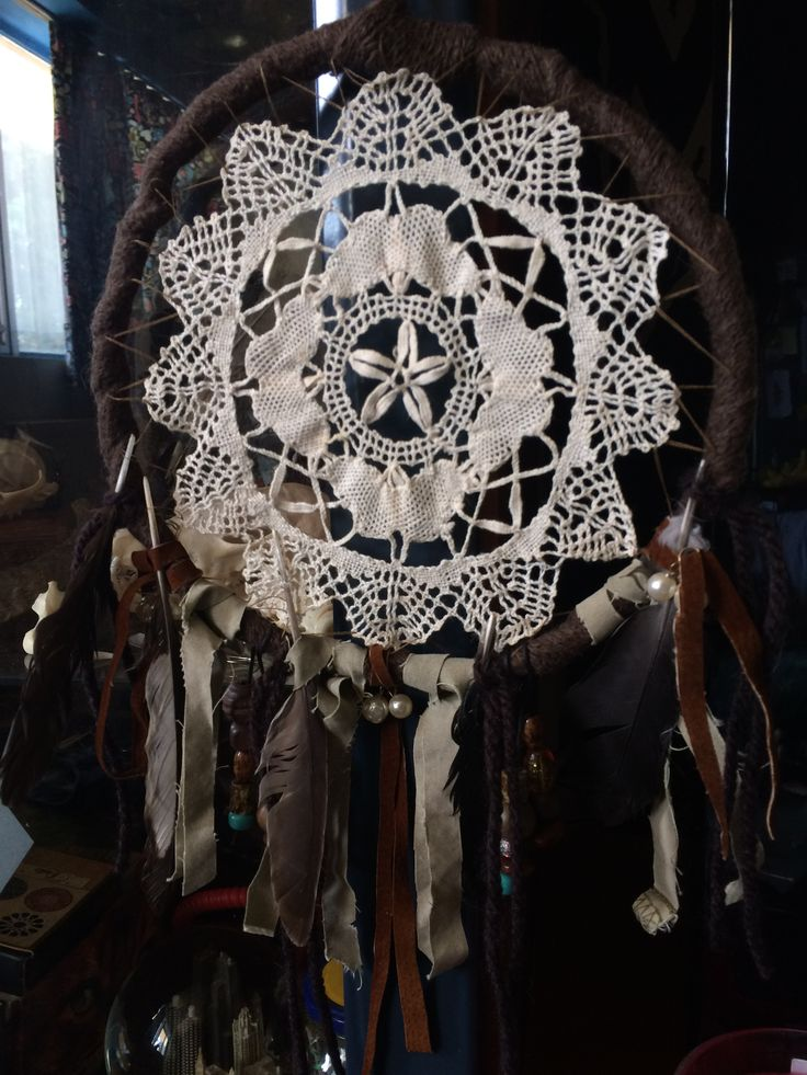 Handmade doily dreamcatcher by MaryRain Silvarum from Raindance Creations (Facebook page: https://www.facebook.com/maryrainNyx )