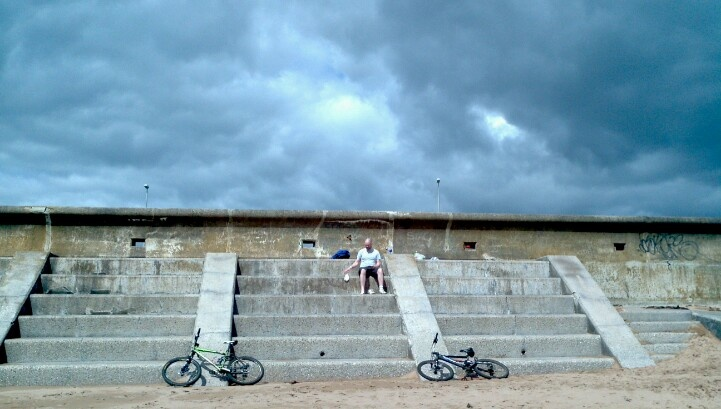 Cycled to Arbroath. Clouds told us to get ourselves home quickly haha.