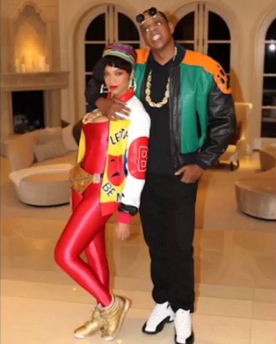 Beyoncé dressed as a memeber of Salt-N-Pepa at Angie Beyincé's theme  birthday party in Los Angeles. - The 25+ Best 90s Party Outfit Ideas On Pinterest 90s Fashion