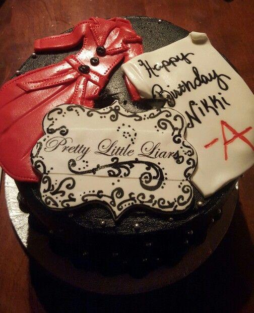 My pretty little liars cake
