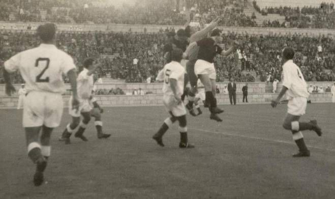 Mazzola in action, Benfica-Torino, 3 may 1949
