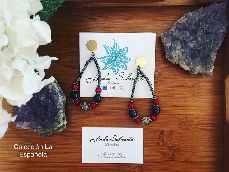 Juego de Aretes Colección 2017, La Española. @lindaschwartz.designer Precio $ 35.00. Beads de Ceramica metalica, Amatista y Cristales.