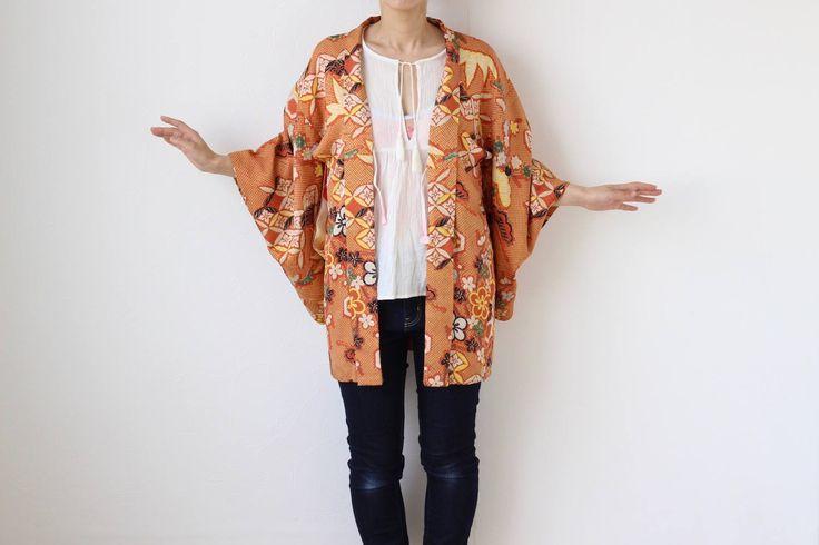 Etsy のorange silk kimono, Haori, Japanese kimono, short kimono, silk short robe /1620(ショップ名:LitreJapan)