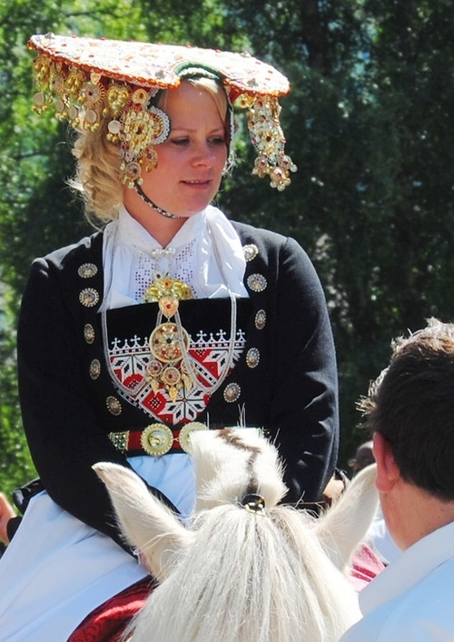 Bridal costume of Voss, Norway