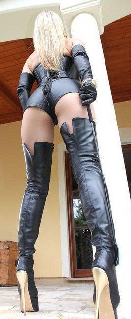 sensuel erotic dominatrice cuir