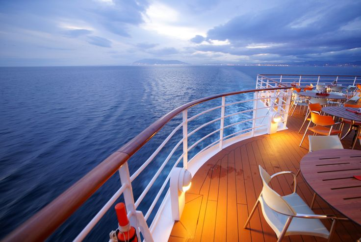 Lets Cruise Ltd presents you wonderful holiday trip with Cunard Cruises to its client at affordable budget in Auckland.