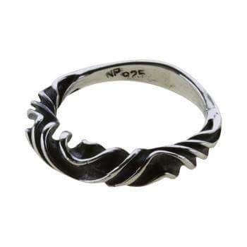 Wendel-ring Sølv.: 290 kr. er i str. 54, 56, 58, 60. Ringen findes udstillet på Nationalmuseet/DK.