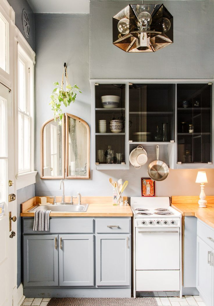 25 Absolutely Beautiful Small Kitchens via @MyDomaine