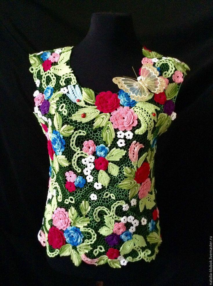"""Купить Вязаная майка """"Цветочная поляна"""" - комбинированный, цветочный, яркая майка, вязаная майка"""