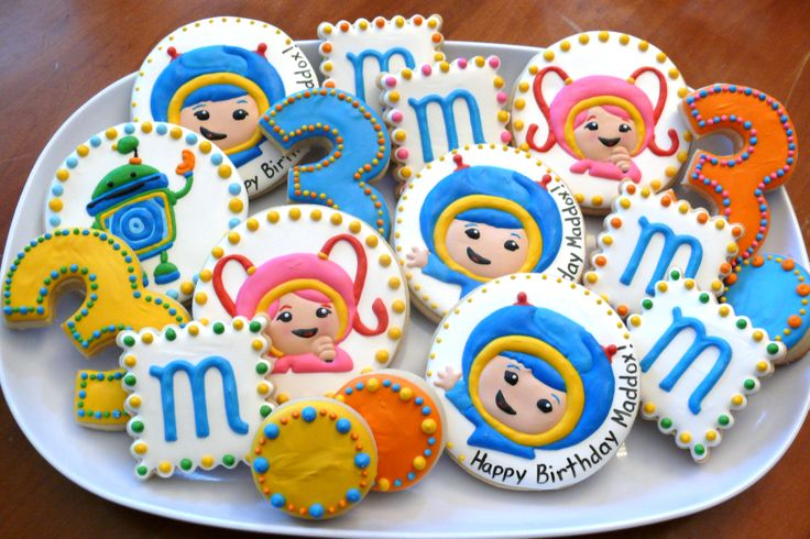Team Umizoomi decorated cookie platter for a kids birthday party...Milli, Geo, Bot, Nickelodeon www.facebook.com/cookiesbycharity