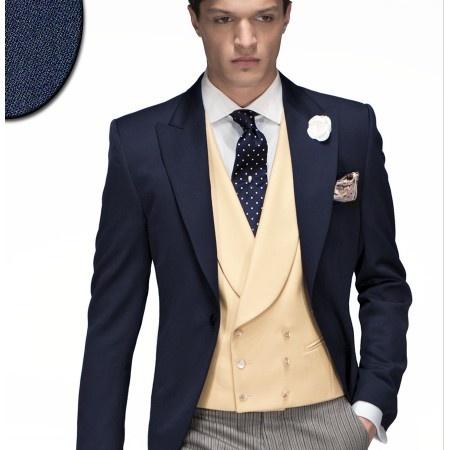 Trajes de novio italianos ONGala  Chaqué Modelo n:98  Disponible en tienda y venta online:  ComercialMoyano.com