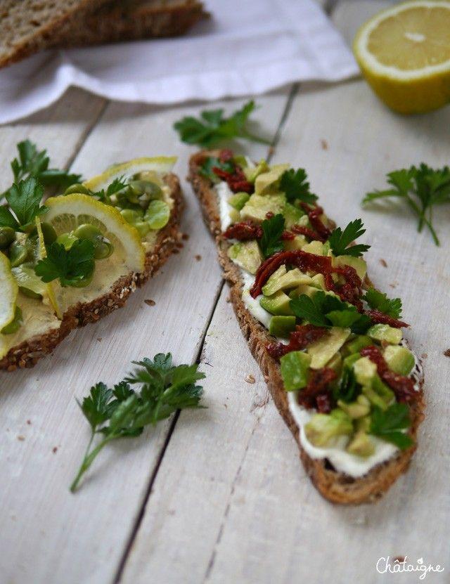 Tartines avocat, tomates séchées et fromage blanc à l'huile d'olive - Blog de Châtaigne