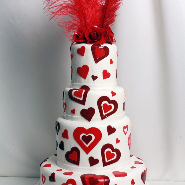 Heart to Heart Wedding Cake Such a beautiful cake!