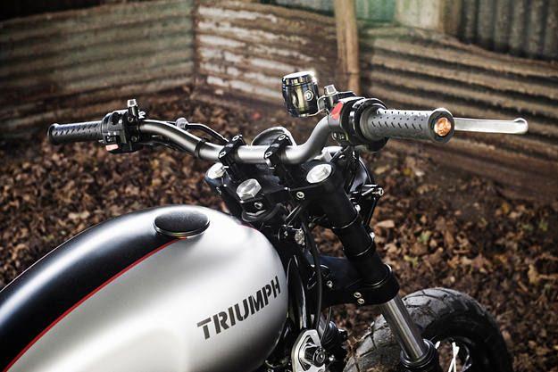 SPIRIT OF THE SEVENTIES S6  — 2006 Triumph Scrambler.    Read more: http://www.bikeexif.com/triumph-scrambler#ixzz1qg6SsTR6