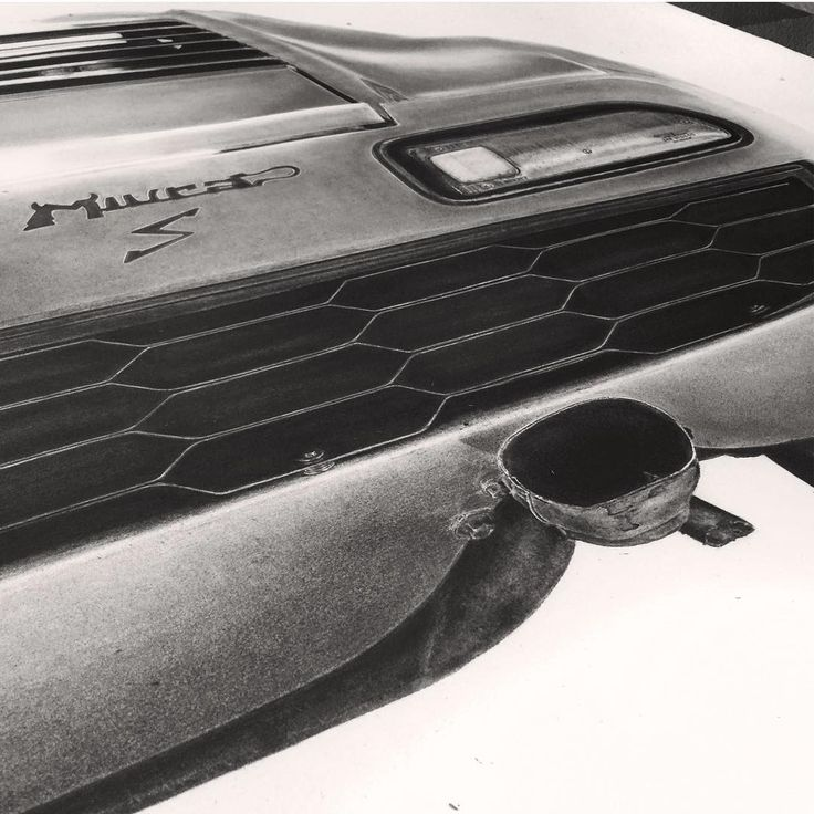 LIFESIZE PENCIL DRAWING Lamborghini - K Williamson Art
